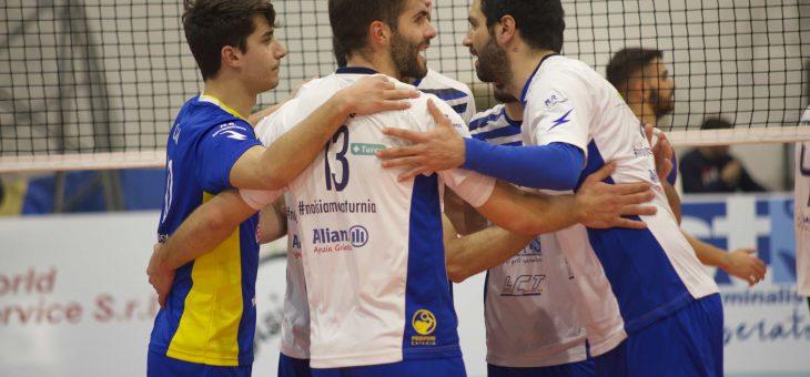 I biancoblu di Saturnia Acicastello vincono 3-0 in casa contro Volley Catania
